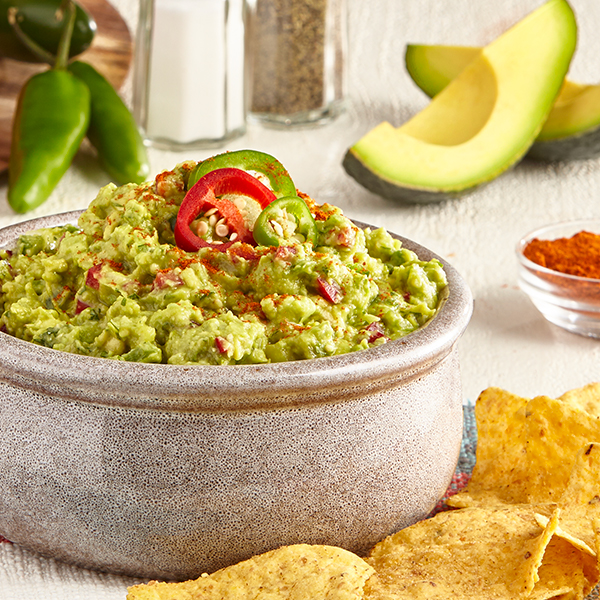 THREE PEPPER & CAYENNE GUAC